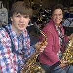 Entspannte Pausen-Saxofone
